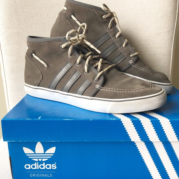 adidas Other - 🎉HP🎉Men's ADIDAS Court Deck Suede Mid Sneakers